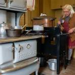 Lunch from the Royal Bride: Woodstove Cooking for Kids – Member pairs